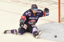 Čtvrtfinále play off hokejové extraligy - 1. zápas: HC Oceláři Třinec - HC Vítkovice Ridera, 20. března 2019 v Třinci. Na snímku Peter Trška.