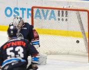 Brankář Liberce Dominik Hrachovina - 29. kolo HC VÍTKOVICE RIDERA - Bílí Tygři Liberec, 21. ledna 2020 v Ostravě.