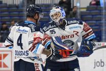 Jesse-Ray Dudas a Miroslav Svoboda - 45. kolo HC VÍTKOVICE RIDERA - HC DYNAMO PARDUBICE, 14. února 2020 v Ostravě.