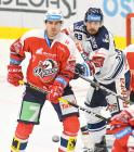 Tomáš Knotek a Šimon Stránský - 19. kolo Tipsport Extraligy HC VÍTKOVICE RIDERA - HC DYNAMO PARDUBICE, 17. listopadu 2019 v Ostravě.