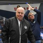 Asistent trenéra Vítkovic Ladislav Svozil a trenér Vítkovic Mojmír Trličík - 47. kolo HC VÍTKOVICE RIDERA - HC ŠKODA PLZEŇ, 21. února 2020 v Ostravě.
