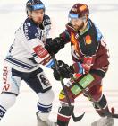 Roberts Bukarts a Vladimír Růžička - 9. kolo Tipsport Extraligy HC VÍTKOVICE RIDERA - HC Sparta Praha, 11. října 2019 v Ostravě.