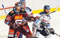 Jan Buchtele, Daniel Dolejš a Petr Šidlík - 9. kolo Tipsport Extraligy HC VÍTKOVICE RIDERA - HC Sparta Praha, 11. října 2019 v Ostravě.