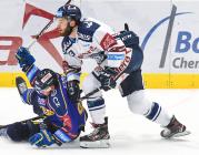 Jiří Ondráček a Daniel Kurovský - 15. kolo Tipsport Extraligy HC VÍTKOVICE RIDERA - PSG Berani Zlín, 29. října 2019 v Ostravě.