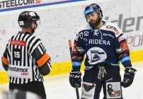 Rastislav Dej z Vítkovic - 5. předkolo Generali Česká pojišťovna play off HC VÍTKOVICE RIDERA - HC kometa Brno, 16. března 2021 v Ostravě.