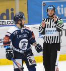 Jan Štencel z Vítkovic - 27. kolo Tipsport Extraligy HC VÍTKOVICE RIDERA - HC Litvínov, 13. prosince 2020 v Ostravě.