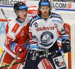 Adam Rutar z HC Olomouc a Alexandre Mallet z HC VÍTKOVICE RIDERA - Přípravné utkání  HC VÍTKOVICE RIDERA - HC Olomouc, 10. září 2020, Ostravar aréna.