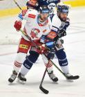 Adam Rutar z HC Olomouc a Roman Polák z Vítkovic - 38. kolo Tipsport Extraligy HC VÍTKOVICE RIDERA - HC Olomouc, 22. ledna 2021 v Ostravě.