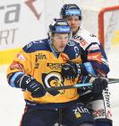 Tomáš Fořt ze Zlína a Jan Hruška z Vítkovic - 36. kolo Tipsport Extraligy HC VÍTKOVICE RIDERA - PSG Berani Zlín, 17. ledna 2021 v Ostravě.