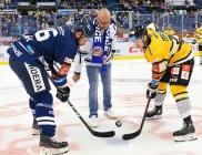 Petr Celerin, kapitán Vítkovic Roman Polák a Patrik Zdráhal z Litvínova - 12. kolo Tipsport Extraligy HC VÍTKOVICE RIDERA - HC Litvínov, 8. října 2021 v Ostravě.